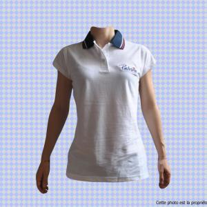 polo-femme-blanc-simple-vue-d-ensemble-francais.jpg