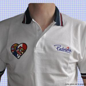 polo-homme-blanc-coeur-torse-francais.jpg
