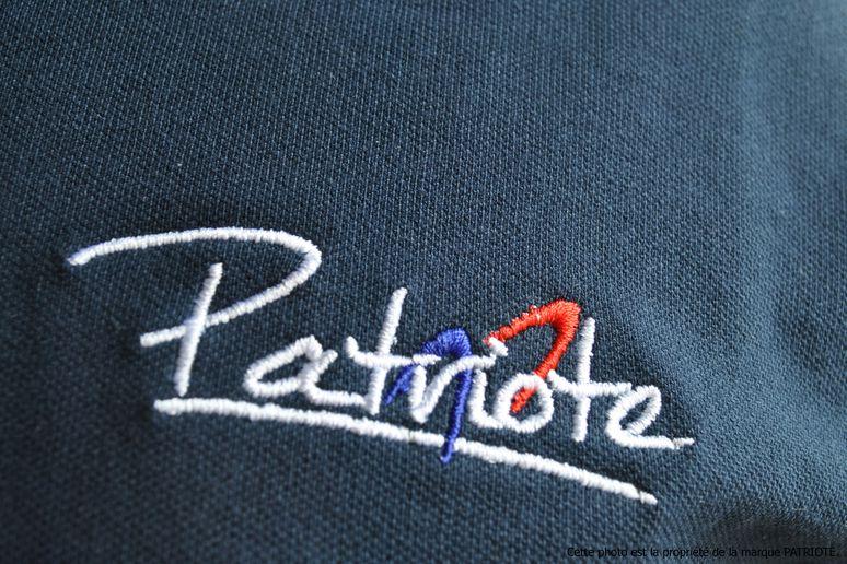 polo-homme-bleu-coeur-patriote-allegee.jpg