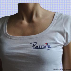 tee-shirt-femme-torse-patriote.jpg